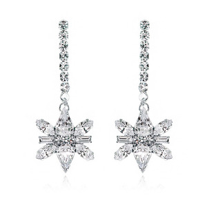 Shiny Decalcomanie Crystal Long Earring