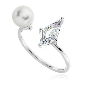 Pearl Cubic Ring DRCP006S