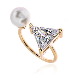 Pearl Cubic Ring DRCP012G